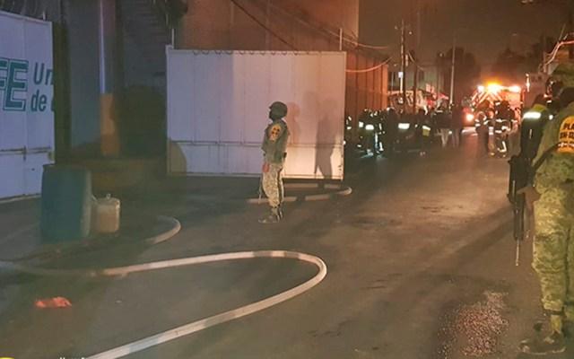 Sedena aplicó Plan DN-III-E por incendio en subestación de CFE en CDMX - Plan DN-III-E en subestación eléctrica de la CFE en Iztpalapa. Foto de @SEDENAmx