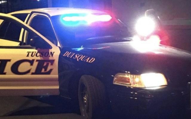 Detienen a dos sujetos tras protagonizar tiroteo en Tucson - Policía Tucson patrulla