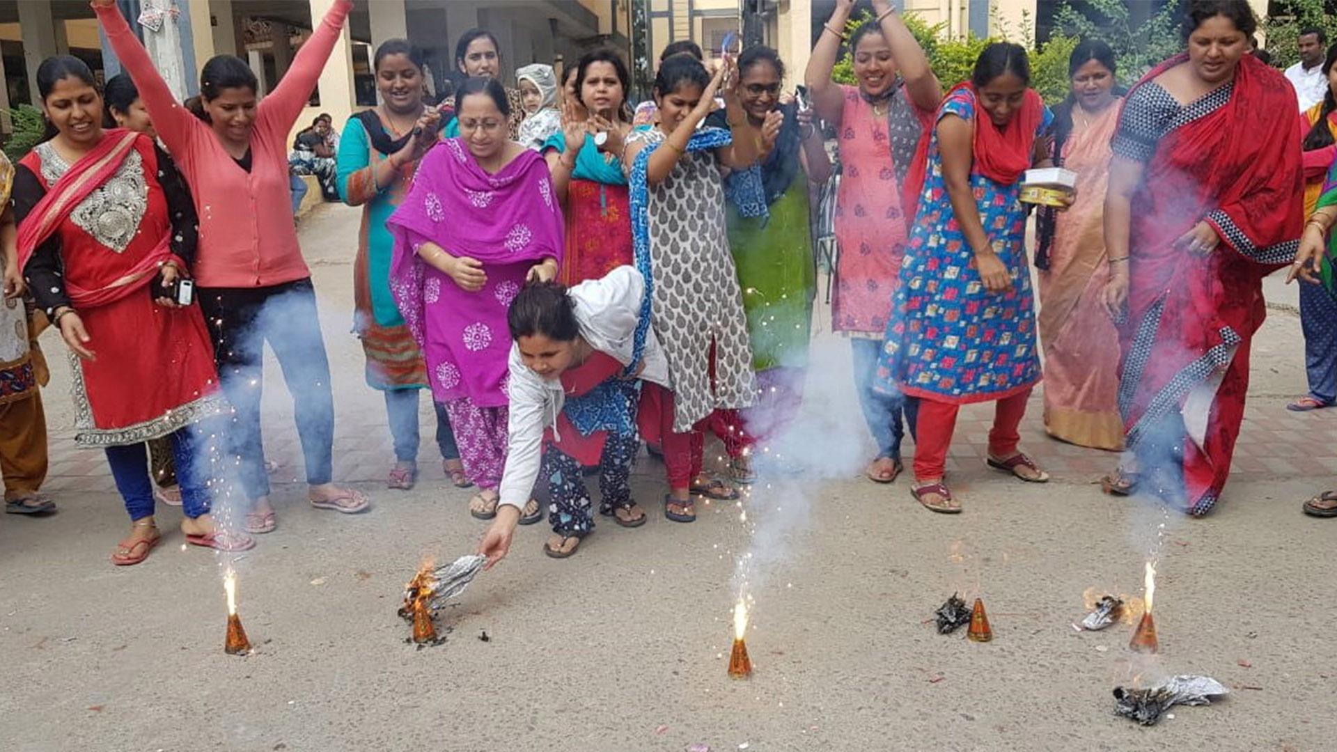 Rito hindú. Foto de EFE