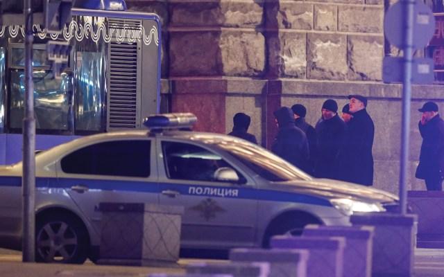 #Video Muere agente por tiroteo en Moscú - Foto de EFE