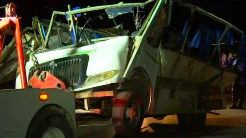 Vuelca autobús en Hidalgo dejando un pasajero muerto y 30 heridos - Vuelca autobús en Hidalgo