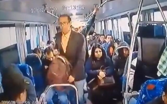 #Video Asaltan a pasajeros de transporte público en la México-Pachuca - Asalto camión México-Pachuca robo