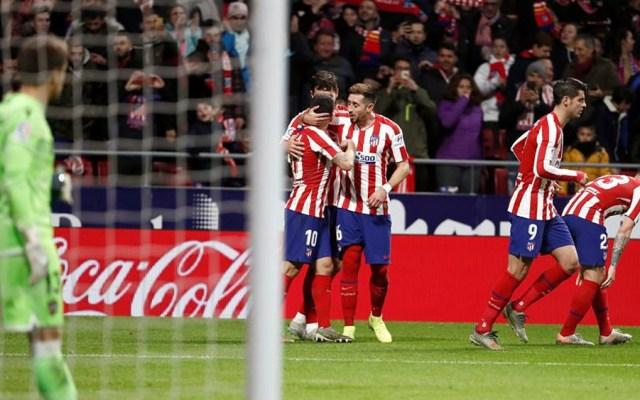 Atlético vence al Levante y se coloca detrás del Real Madrid y Barcelona - Atlético de Madrid se impuso al Levante