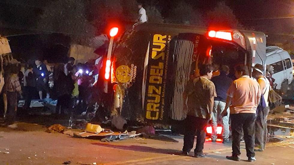 Choque de camión deja al menos 16 muertos en Perú - Choque de camión deja al menos 16 muertos en Perú