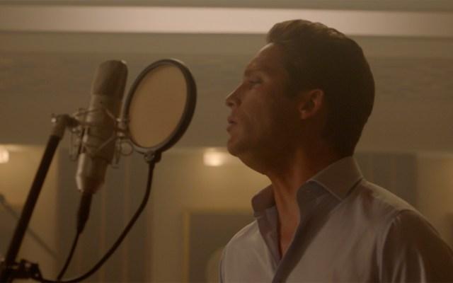 #Video El Sol no deja brillar en avance de 'Luis Miguel, la serie' - Diego Boneta como Luis Miguel adulto. Foto de Netflix