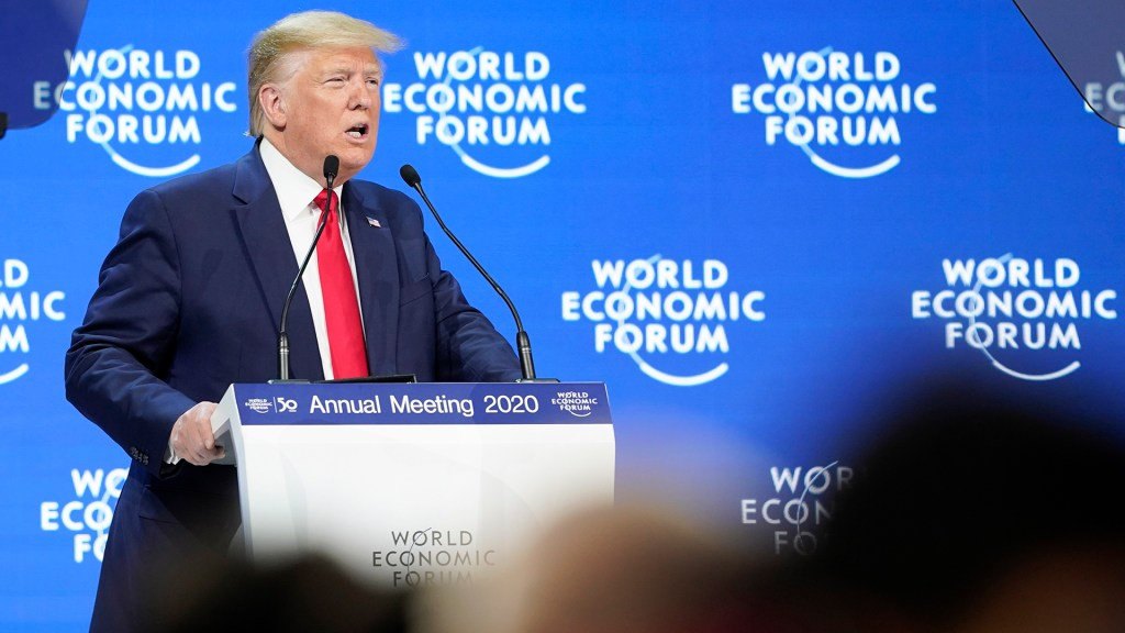 Donald Trump destaca en Davos aprobación del T-MEC en el Senado - Donald Trump en el Foro Económico Mundial de Davos. Foto de EFE