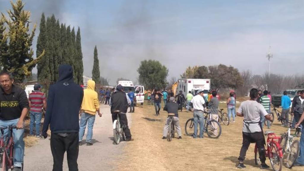 #Video Explosión de pirotecnia en Zumpango deja dos muertos - Explosión Zumpango dos muertos