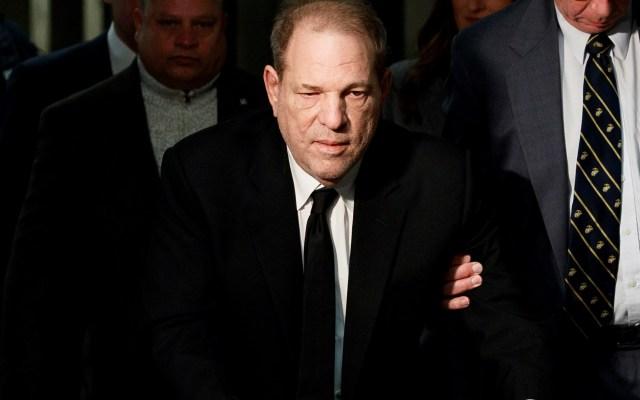 Harvey Weinstein arrojó positivo al coronavirus, según medios - Foto de EFE