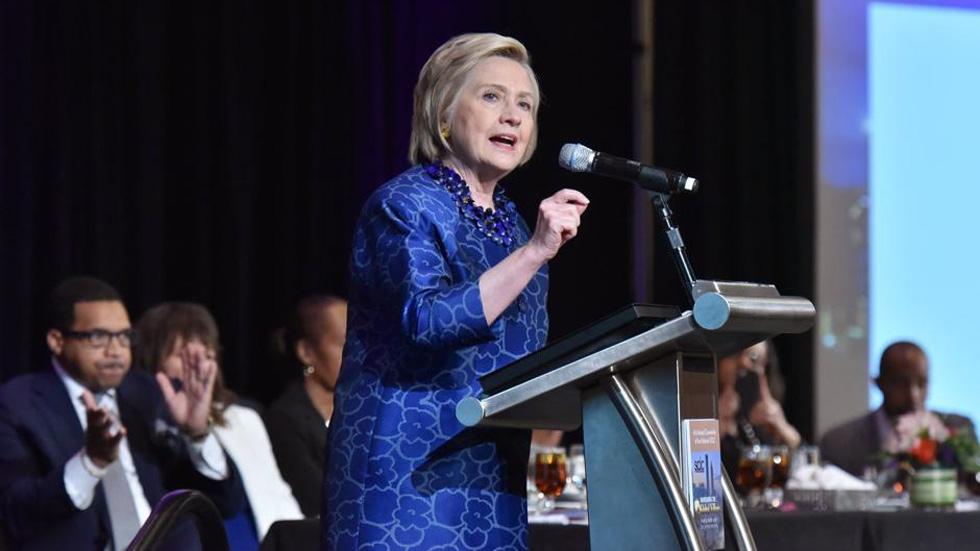 """Hillary Clinton no cree que la gente sea tan """"manipulable"""" en estos comicios - Hillary Clinton. Foto de @HillaryClinton"""