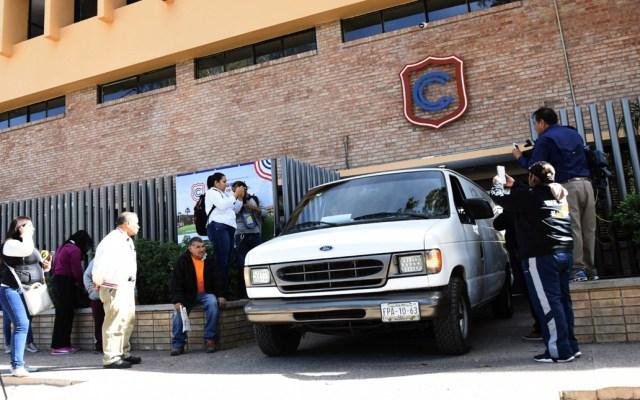 Autoridades buscan a padre y abuela del niño que disparó en colegio de Torreón - Ingreso del Colegio Cervantes