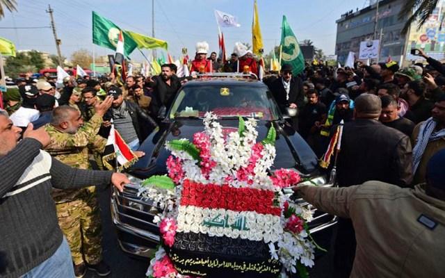 Miles de iraquíes despiden a Soleimani durante procesión en Bagdad - Miles de iraquíes despiden a Soleimani durante procesión en Bagdad