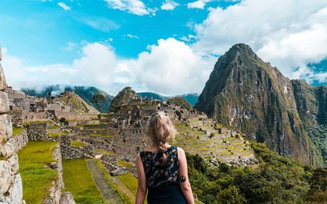 Detienen a seis turistas extranjeros por desórdenes en Machu Picchu - Detienen a seis turistas extranjeros por desórdenes en Machu Picchu