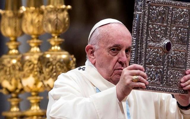 Papa Francisco pide perdón por reprender a mujer que le sujetó la mano - Papa Francisco