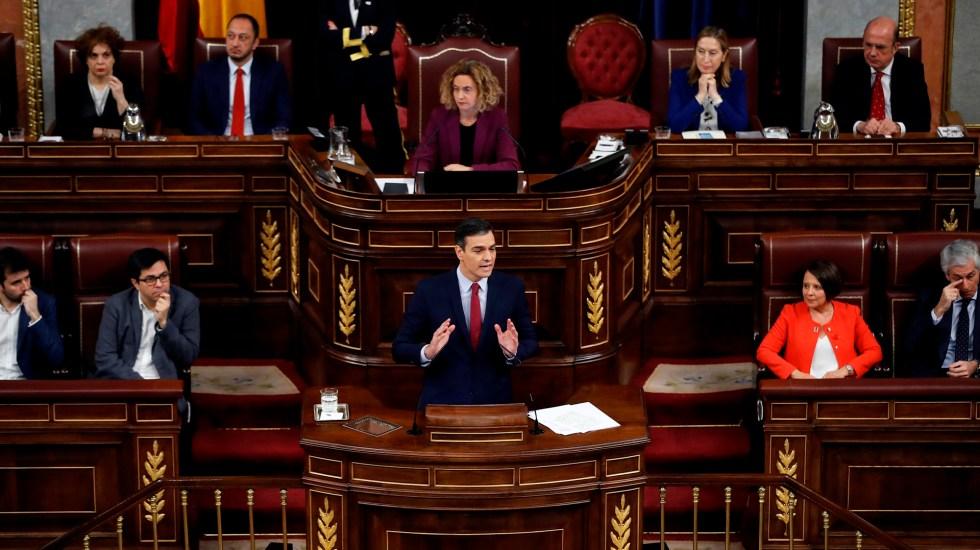 Pedro Sánchez ha sido investido como presidente del Gobierno de España - Pedro Sánchez frente al Congreso de España, en nueva jornada para su investidura como presidente. Foto de EFE