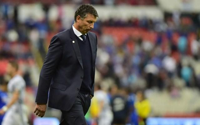 Siboldi afirma que el mal paso de Cruz Azul es más anímico que futbolístico - Foto de Mexsport