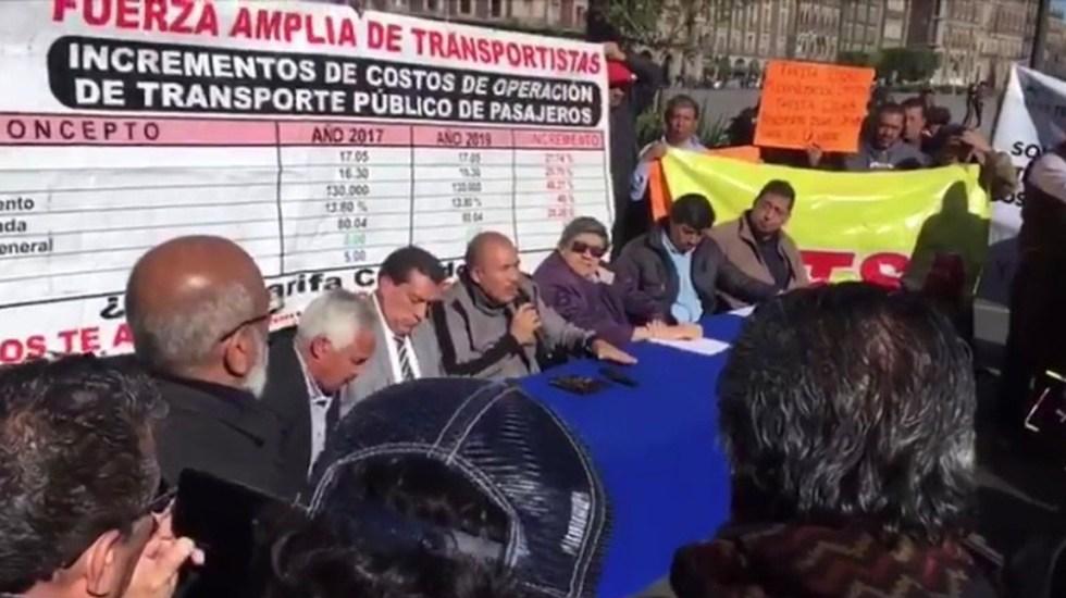Transportistas llegan al Zócalo; piden hablar con Sheinbaum - Transportistas llegan al Zócalo; piden hablar con Sheinbaum