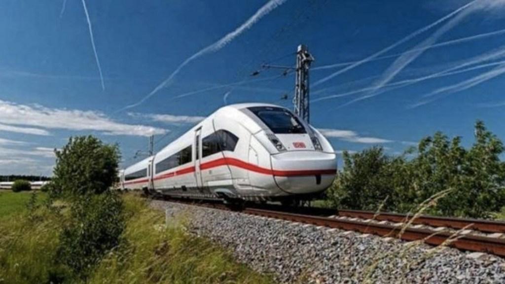 Reciben primeros tramos del Tren Maya aval medioambiental para su construcción - Tren Maya iniciará operaciones en 2023 en Campeche, afirma titular del Fonatur