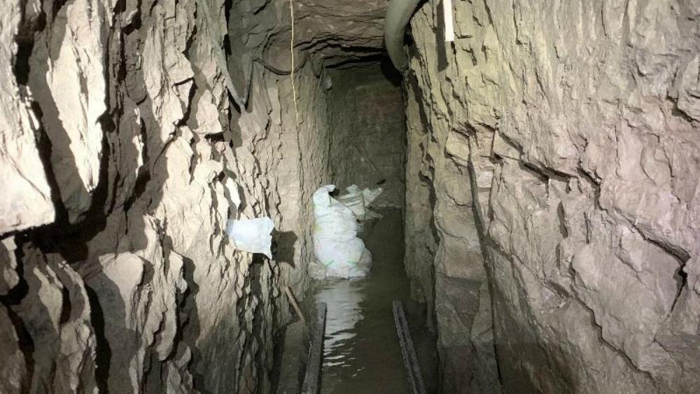 EE.UU. anuncia descubrimiento del túnel más largo encontrado en la frontera con México - túnel