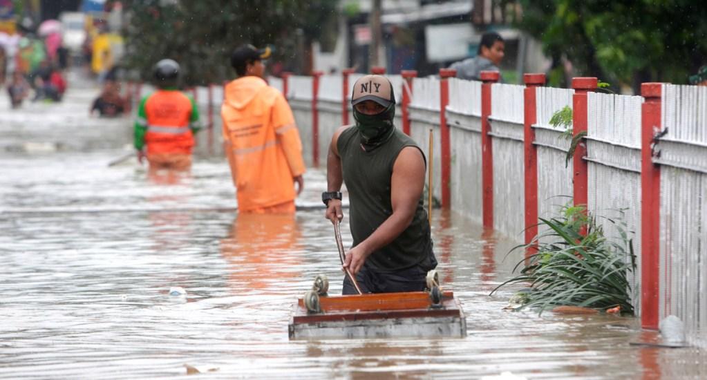 Nueve muertos y miles de evacuados en Yakarta por lluvias torrenciales