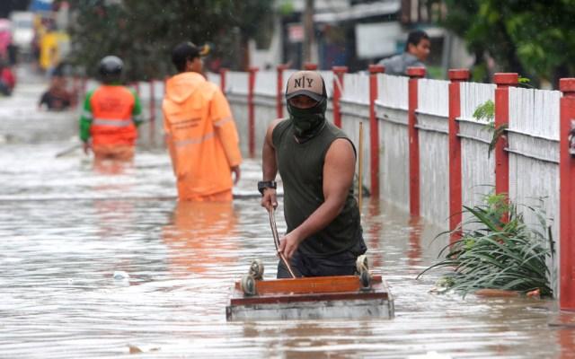 Nueve muertos y miles de evacuados en Yakarta por lluvias torrenciales - Nueve muertos y miles de evacuados en Yakarta por lluvias torrenciales