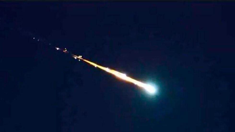 #Video Cae meteorito en el centro de México - Caída de presunto meteorito en la zona centro de México. Foto Especial