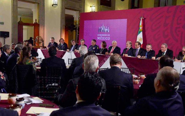 """""""Iban hasta contentos"""", Monreal sobre empresarios en cena con AMLO - Cena de López Obrador con empresarios en Palacio Nacional. Foto de Notimex"""
