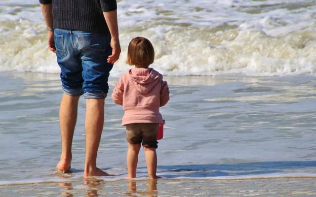 Los niños empiezan a viajar cada vez más pequeños - Foto de Pixabay.