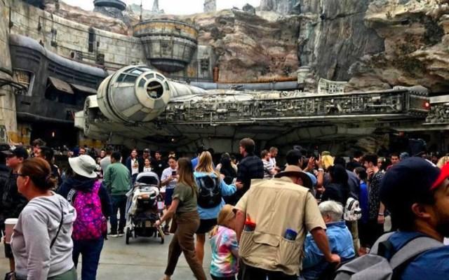Disneyland sube precios de entradas y rompe barrera histórica - Disneyland sube los precios de las entradas y rompe la marca de 200 dólares por día
