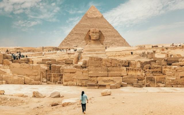 Egipto aprueba penas de cárcel para actos obscenos en pirámides - Egipto aprueba penas de cárcel para actos obscenos en pirámides