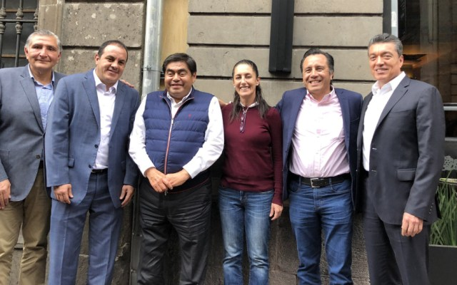 AMLO celebra manifiesto de gobernadores de Morena en apoyo a Salgado Macedonio y Morón - gobernadores Morena