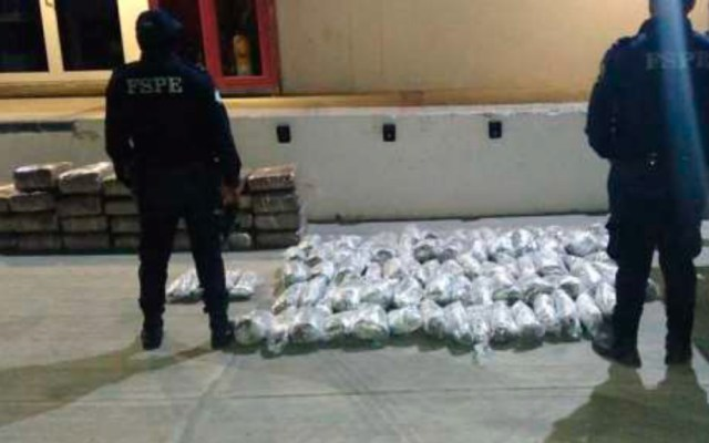 Hallan en Guanajuato camioneta con cargamento de mariguana - Guanajuato camioneta mariguana Abandonada 2