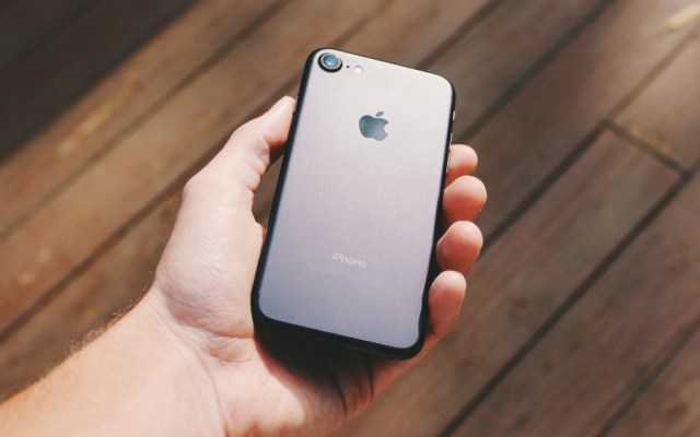 Francia sanciona con 25 millones de euros a Apple - Foto de Noah Silliman para Unsplash