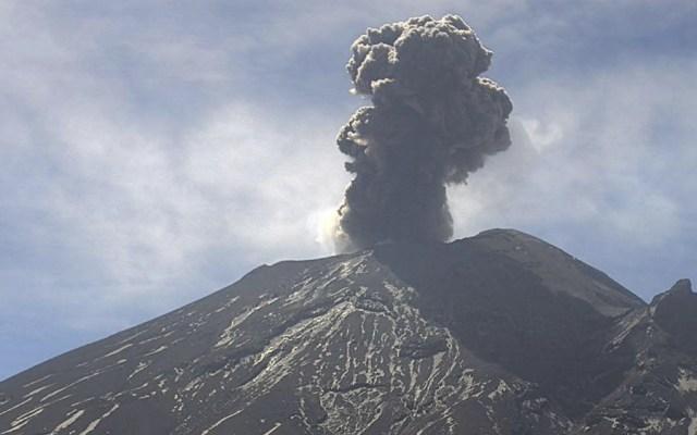 Popocatépetl emite 100 exhalaciones en las últimas 24 horas - Las autoridades informaron que se registraron 500 minutos de tremor, una explosión el martes a las 10:08 h y tres sismos volcanotectónicos