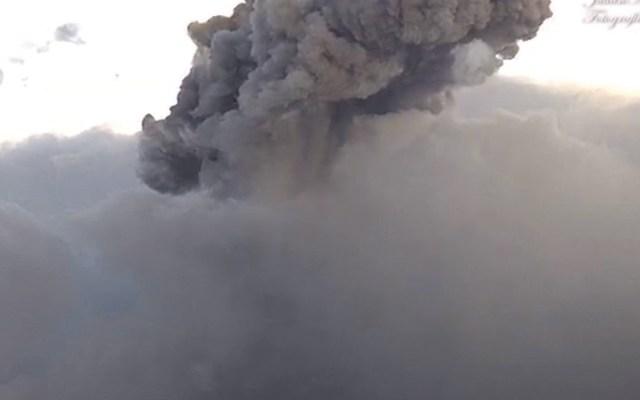 #Video Volcán Popocatépetl registra explosión de mil 500 metros de altura - Foto de Cenapred