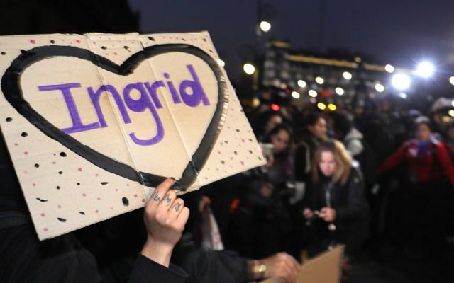 ONU pide justicia en el feminicidio de Ingrid Escamilla - Protesta por el feminicidio de Ingrid Escamilla frente a Palacio Nacional. Foto de EFE