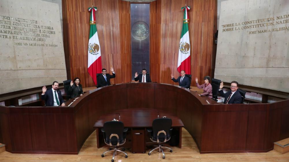 TEPJF ordena a partidos a que postulen candidatas mujeres en 7 de 15 gubernaturas - Foto de TEPJF