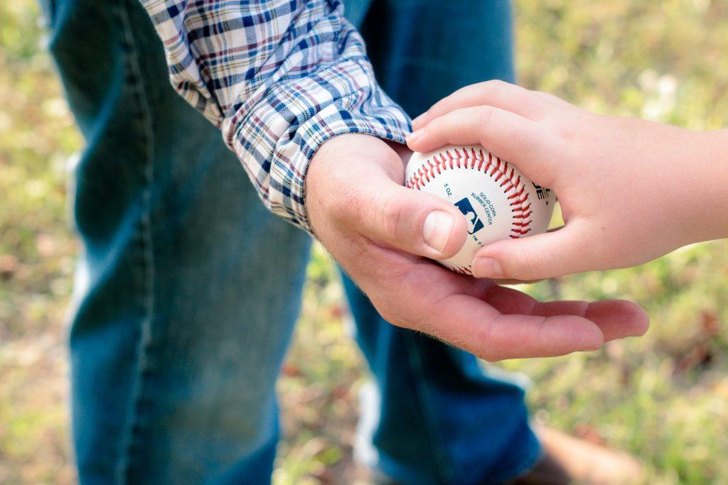 Las Grandes Ligas quieren que más gente siga el beisbol en México - Foto de Pexels.
