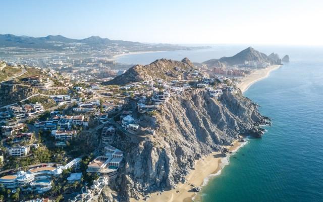 Sismo magnitud 5 sacude a Cabo San Lucas, Baja California Sur - Vista aérea de Cabo San Lucas, en BCS. Foto de John Cafazza / Unsplash
