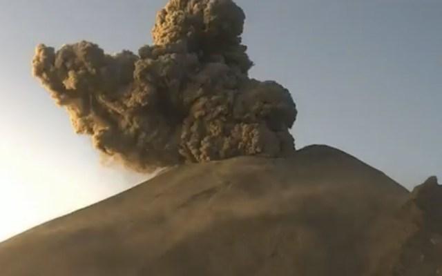 Actividad en el volcán Popocatépetl podría generar caída de ceniza en la Ciudad de México - En la foto, el volcán Popocatépetl. Foto de @CNPC_MX