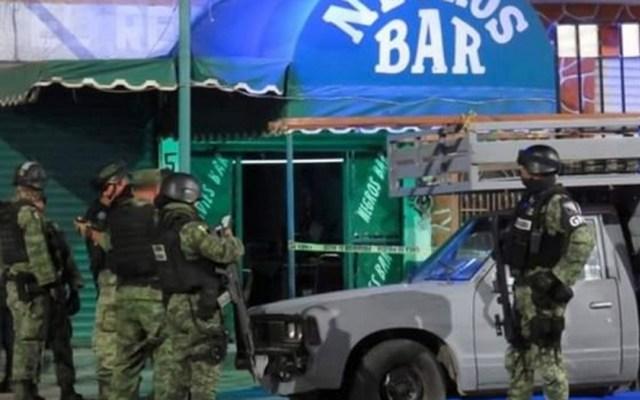 Ataque a bar en Celaya deja cuatro muertos y seis heridos - La noche del martes, al menos tres hombres armados llegaron al bar Negros y dispararon contra quienes estaban dentro y fuera del establecimiento