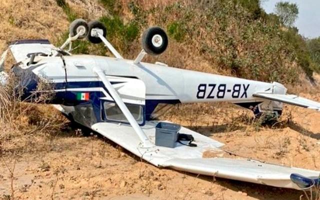Se desploma avión pequeño en aeródromo de Atizapán - Avión pequeño accidentado en Atizapán. Foto Especial