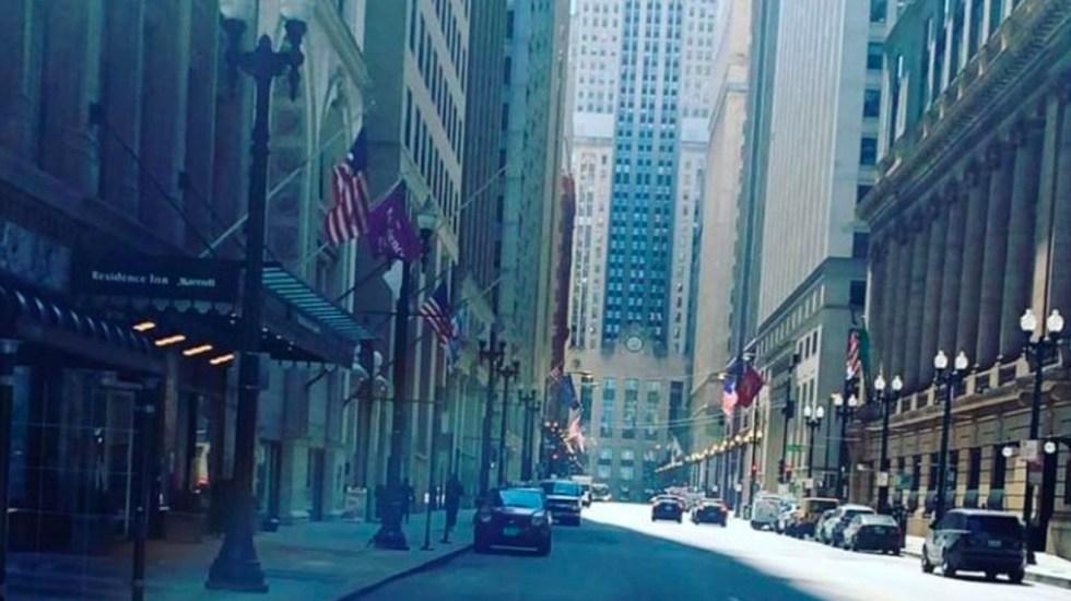 Chicago luce vacía por COVID-19 - No se ve ninguna una persona por el centro de Chicago que suele estar lleno de personas sea entre semana o durante el fin de semana