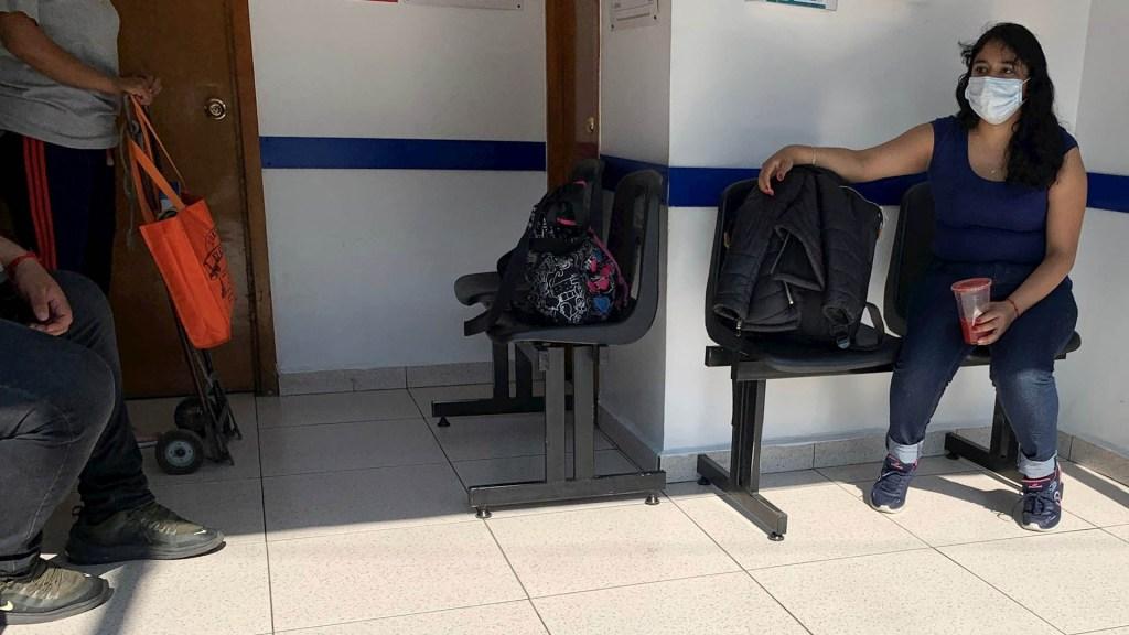 """Secretaría de Salud capitalina llama a no """"entrar en pánico"""" por el COVID-19 - COVID-19 coronavirus México consultorio"""
