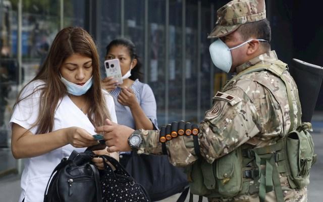 Perú echará mano de ahorros fiscales para sostener su economía por COVID-19 - Perú ha decidido abrir la caja donde guardaba los ahorros fiscales de las últimas décadas para contener la pandemia de COVID-19