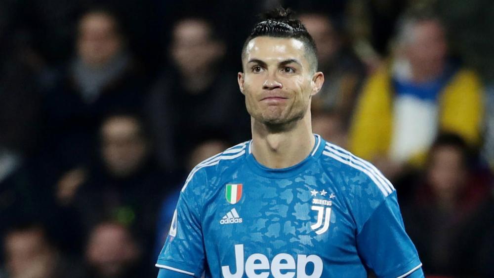"""Cristiano Ronaldo dice que su madre está """"estable y recuperándose"""" - Foto de EFE"""