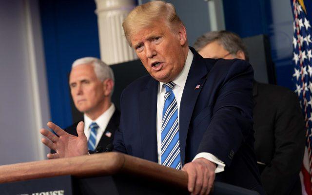 Trump quiere abrir economía de EE.UU. en Pascua pese al COVID-19 - Foto de EFE