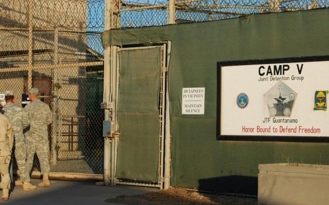 Soldado de EE.UU. en Guantánamo da positivo a COVID-19 - Entrada al campamento V de la Base Naval de Guantánamo. Foto de  EFE