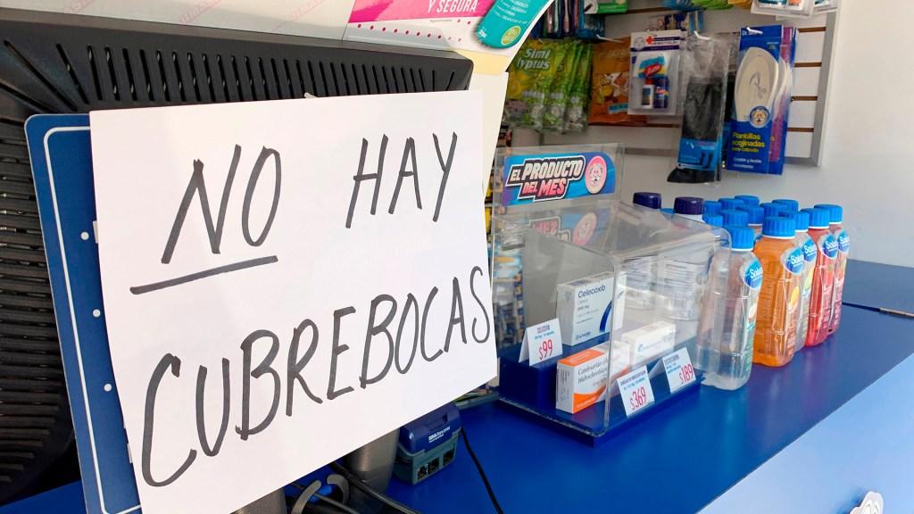 Compras de pánico en Chiapas tras caso de COVID-19 - Escasez de insumos para evitar el contagio de COVID-19. Foto de EFE