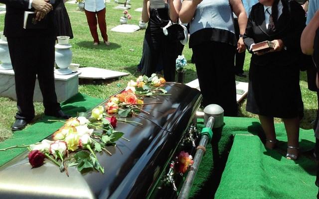 No habrá velorios ni funerales para quien muera con COVID-19 en Querétaro - Foto de Unsplash