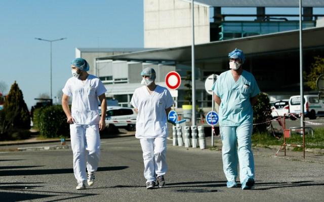 Francia registra 499 muertes por COVID-19 en menos de 24 horas - Francia enfermeras coronavirus COVID19